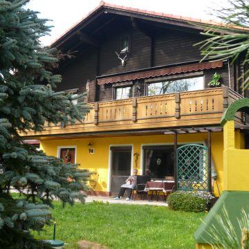 Feriendorf Am Hohen Bogen - Haus 64 Ferienwohnung Renate