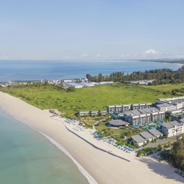 Bangsak Merlin Beach Resort