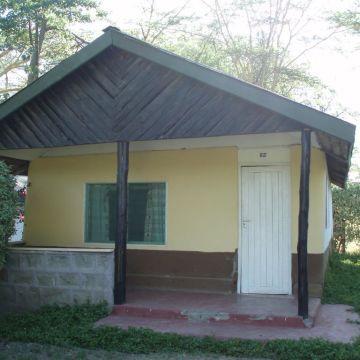 Lake Naivasha Marina Lodge & Camping