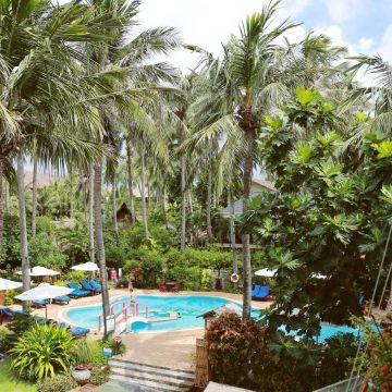 Hotel Bamboo Village Beach Resort