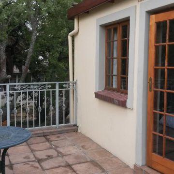 Guest House Oak Tree Lodge