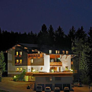 Hotel Pension Tyrol Mösern