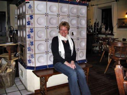 Am Kachelofen im Winter - Rederscheider Weinstube (geschlossen)