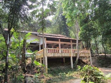 Kleines Restaurant - Khouang Sy Wasserfälle