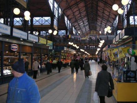 Die zentrale Markthalle - Markthallen