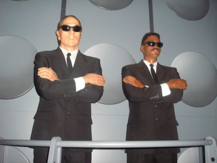 Man in Black - Hollywood Wax Museum