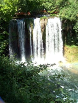 Düden (Name des Flusses)  Wasserfall vor Antalya - Unterer Düden Wasserfall / Karpuzkaldiran Şelalesi