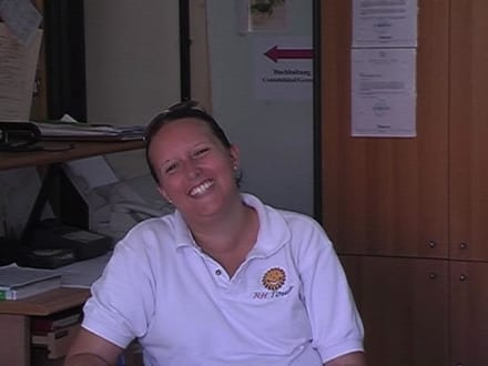 Eine der super freundlichen Angestellten! - RH Tours