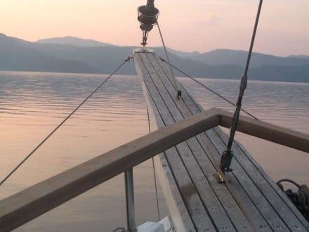 Sonnenuntergang - Blaue Reise