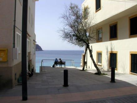 Ein ruhiger Platz - Stadtrundgang San Telmo / Sant Elm