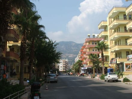 alanya9 - Shopping Center Damlatas