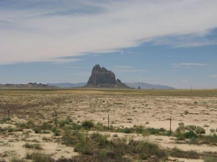 Der Shiprock im Nordwesten New Mexicos - Shiprock