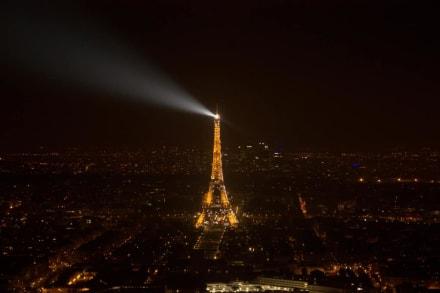 Paris bei Nacht - Eiffelturm