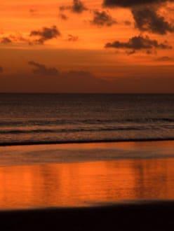 Sonnenuntergang Legian Beach - Legian Beach