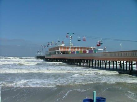Main Street Pier in Daytona Beach - Main Street Pier