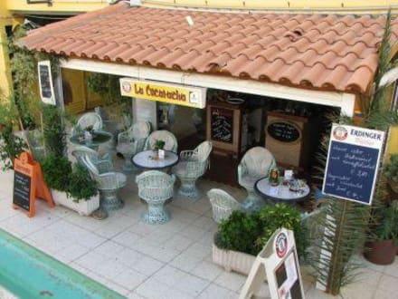 Außenansicht - La Cucaracha Bar