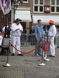 Vor der Eröffnung - Käsemarkt