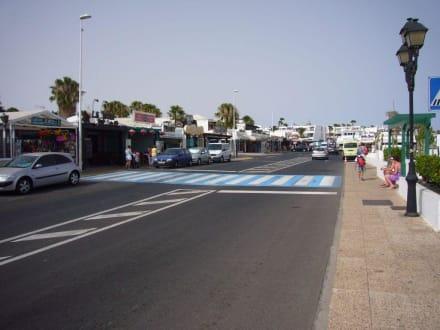 Hauptstrasse  - Zentrum Puerto del Carmen