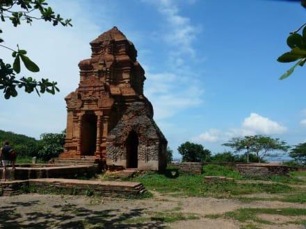 Phan Thiet - Cham Towers - Po Sah Inu Turm