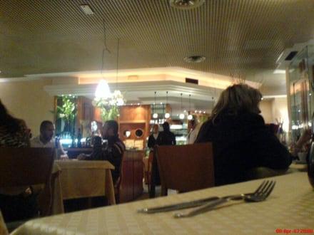 Innenaufnahme - Pizzeria Rossi & Rossi