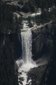 Blick auf den Vernal Fall - Yosemite Nationalpark