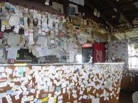 Visitenkarten, etc. im Restaurant Linda Vista, bei Vulkan - Irazú