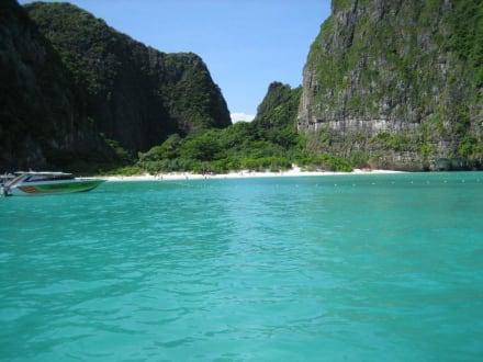 The Beach - Maya Bay / The Beach