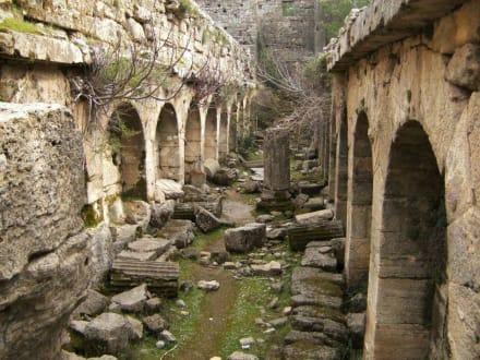 Ruinen von Lyrbe - Antike Stadt Seleikeia (Lyrbe)