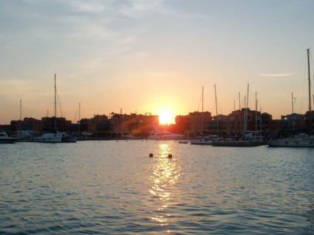 Sonnenuntergang - Yachthafen Hurghada