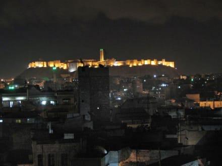 Zitadelle bei Nacht - Zitadele von Aleppo