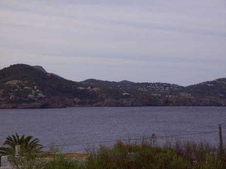 Blick auf die Cala Codolar - Strand Cala Codolar