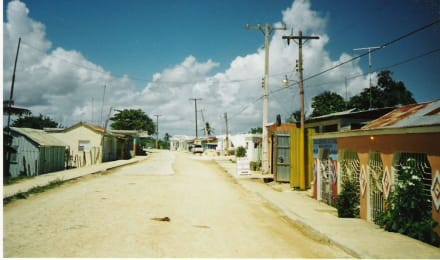 Ein einheimisches kleines Dorf ... - Xtreme Buggy Tour
