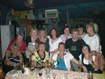 Mädels aus Bayern und Sachsen - Eser Bar