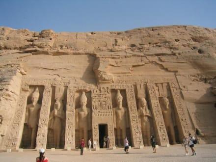 Der Tempel von Abu Simbel - Tempel von Abu Simbel