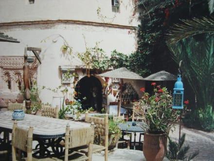 Im Innenhof der Medina - Medina Polizzi