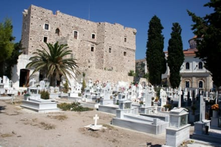 Friedhof in Pythagorion - Kastell Lykoúrgos Logothésis