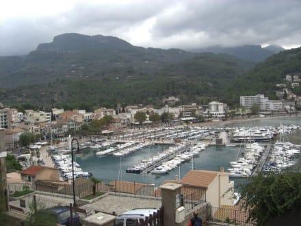 Blick auf die Bucht von Port de Sóller - Hafen Puerto de Soller/Port de Soller