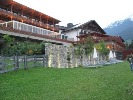 Blick zum Hotel - Hotel Mohr Life Resort