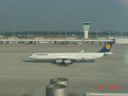 Lufthansa in München - Besucherpark Flughafen München