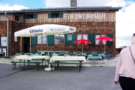 Aussenbereich - Restaurant Edelweißhütte