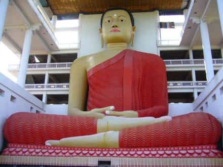 Buddha in Matara - Weherahena Tempel