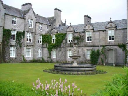 Balmoral Castle - Balmoral Castle