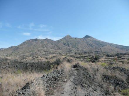 Anblick auf den Mount Batur - Batur Vulkan