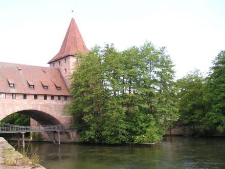 Alte Hängebrücke an der Nürnberger Burg - Altstadt Nürnberg