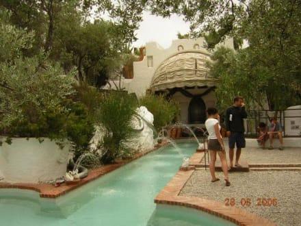 Schwimmingpool von Dali - Haus von Dali in Port Lligat