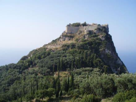 Super zum Raufwandern - Burgruine Angelokastro