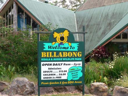 Eingang zu Billabong Sanctuary - Billabong Koala & Wildlife Park