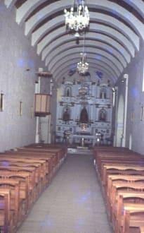 Das Innere der Kirche - Indio-Dorf Cachi