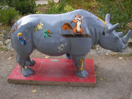 Ein buntes Nashorn - Zoo Augsburg