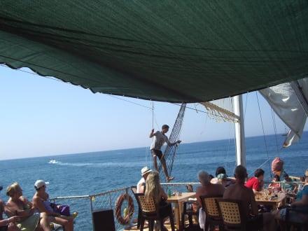 Auf dem Boot - Efe's Ausflüge